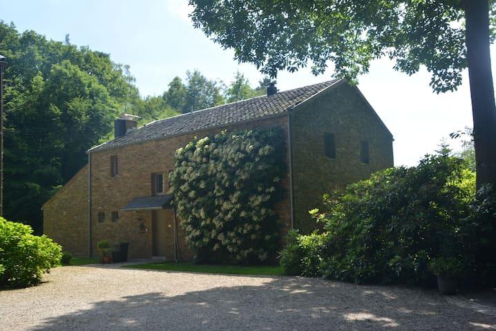 Domaine Clémentine - Spa - Dům