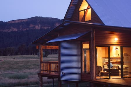 BLUE MTS VIEWS @ ECO WOOLSHED 3bdrm - Blackheath