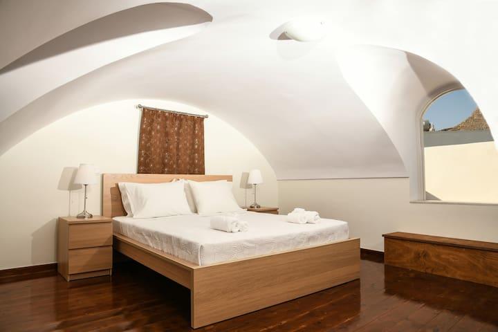 One bedroom apartment in Emporio main square