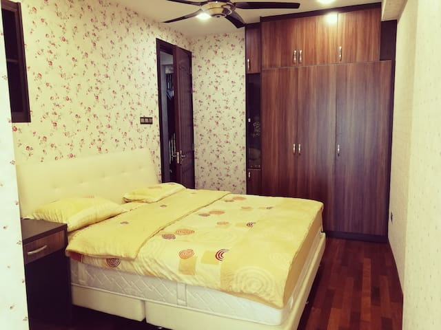 Pink Room near Mid Valley KL city center.