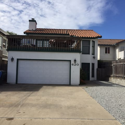 Happy Oceano Beach House.