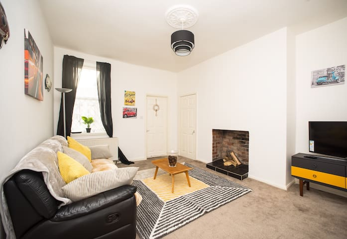 Two Bedroom Charming Apartment
