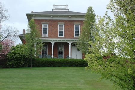 Beautiful Historic Home, Keuka Lake, Finger Lakes - Branchport - Haus