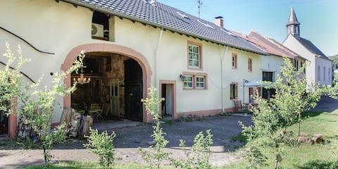 Seven Senses Eifel - historic house with sauna