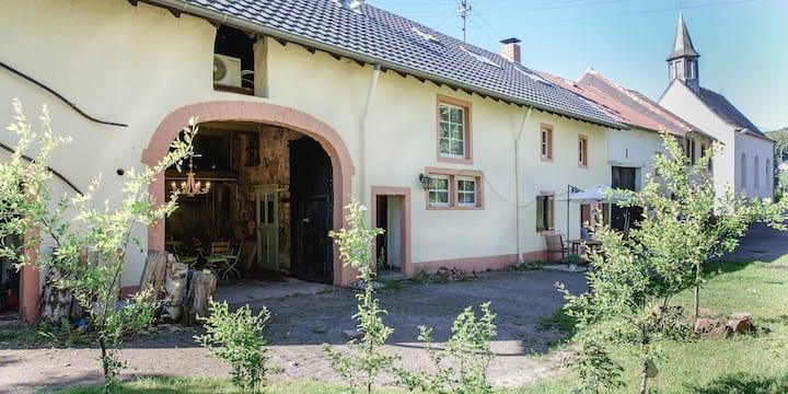 Seven Senses Eifel - historisches Haus mit Sauna