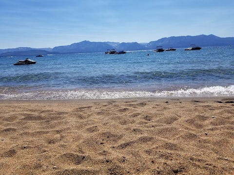 Tahoe Gem w/ Private Beach Access & Skiing Nearby