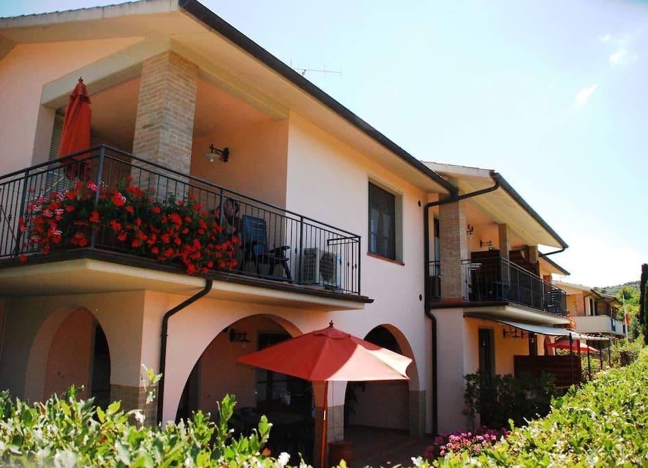 Bilocale vicino al mare appartamenti in affitto a for Appartamenti in affitto a barcellona vicino al mare