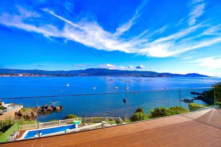 Family Villa. Private access to Calas&Beach Nigrán