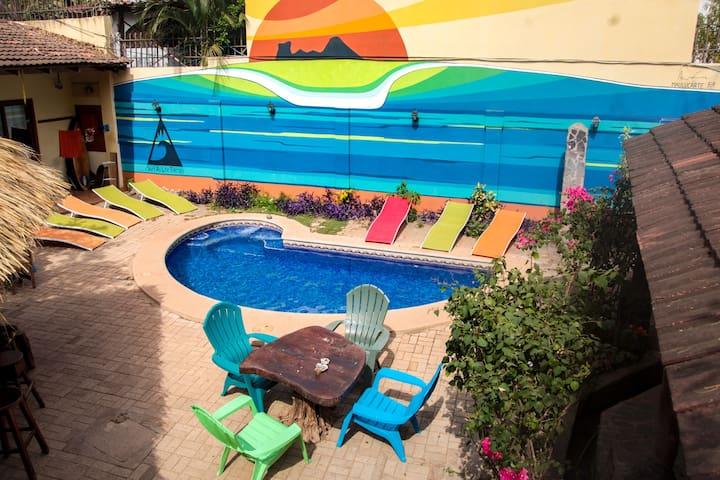 BEST hostel in Tamarindo! Tama Backpackers room 5