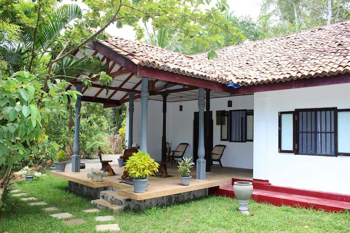 Rock House Room 1 - Matara - Casa