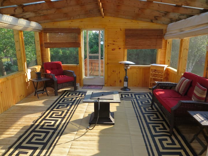 Raised ranch bungalow with large screened porch