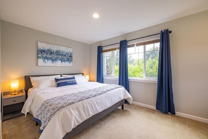 Bedroom 2-Master