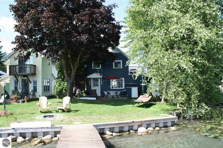 Cabin--Torch River, MI: Sleeps 4, Private Dock
