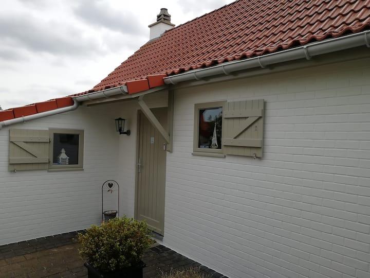 Charming Cottage in De Haan