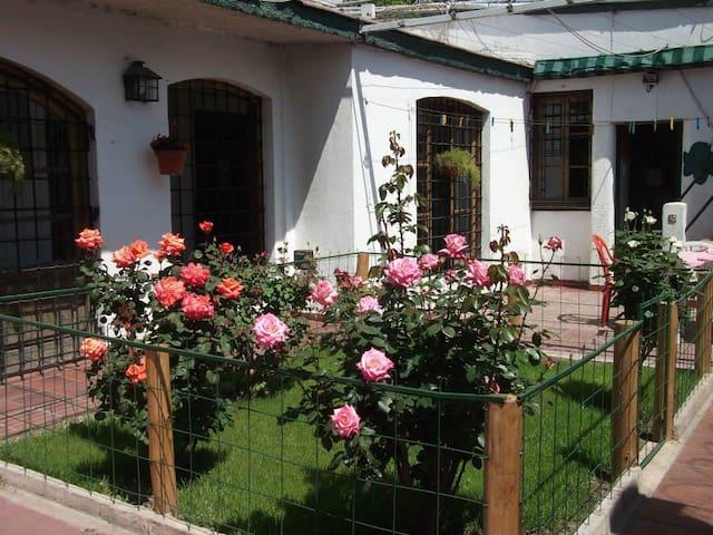 Casa colonial en Godoy Cruz