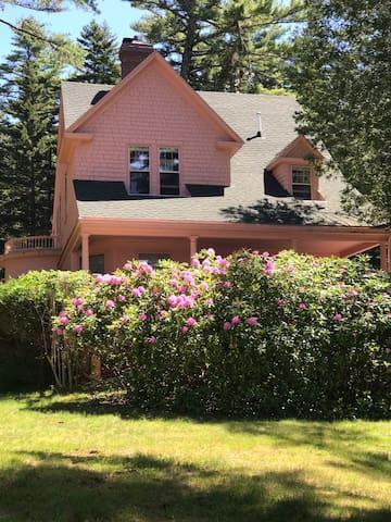 Digby Lodge Lower House