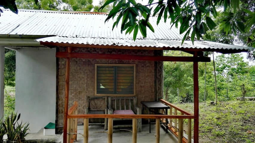 Siquijor Cottage 2 minutes to beach