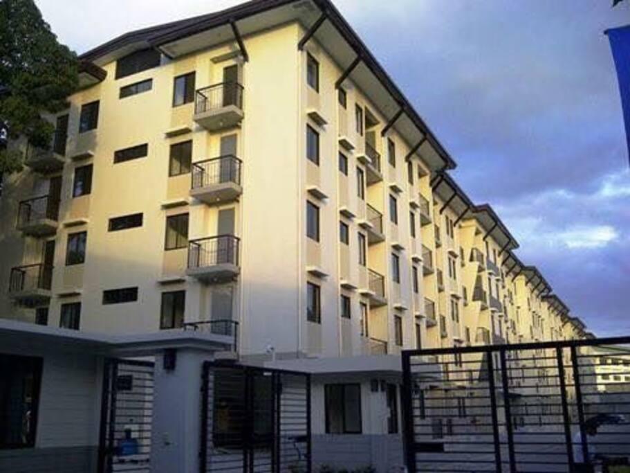 5 storey low rise condo