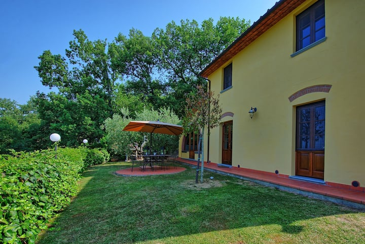 Villa Grazia - Holiday Villa Rental with private swimming pool near Montecatini Terme, Tuscany