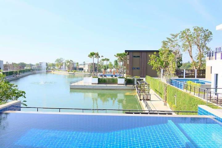 Villa Ozone Pattaya, The Private big house 343sqm - Chon Buri - Villa