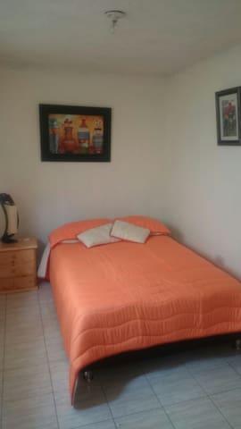Alquiler de lindo apartamento en Guatavita. - Guatavita