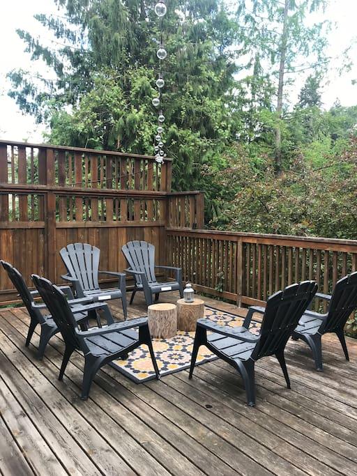 Lounge area on back deck