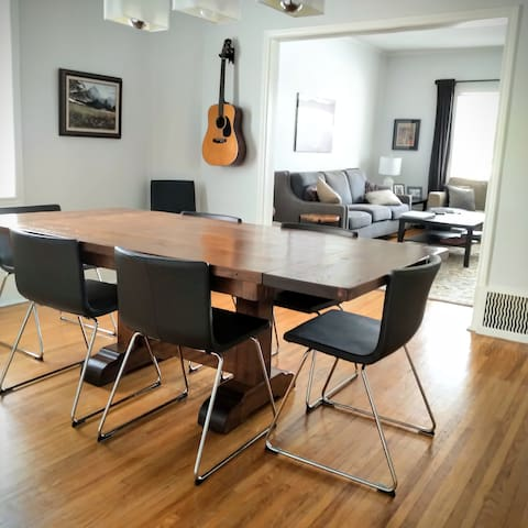 Feel free to pull up a guitar. Nice acoustics here in the dining room.