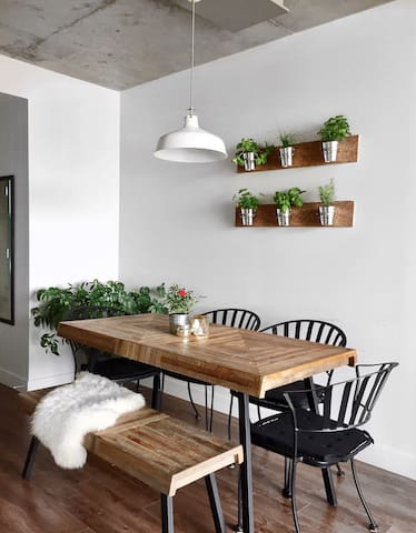 Luxurious Condo perfectly Located. - Gatineau - Condominium