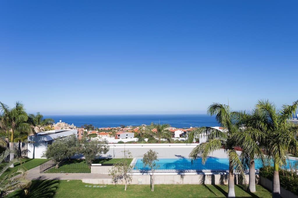 Vista al mar piscina y jardin la quinta bikes for Piscina santa cruz de tenerife