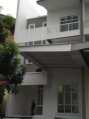 Shamrock Beach Seaview Villa 21. - Tanjung Bungah - Villa