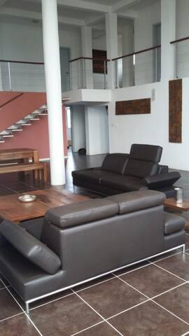 Un coup de coeur! Magnifique duplex - Yaounde - Appartement