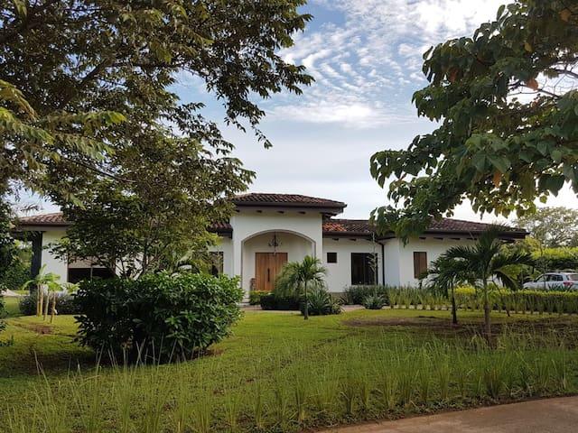 VILLA PAPAGAYO - Luxury Home-Hacienda Pinilla.