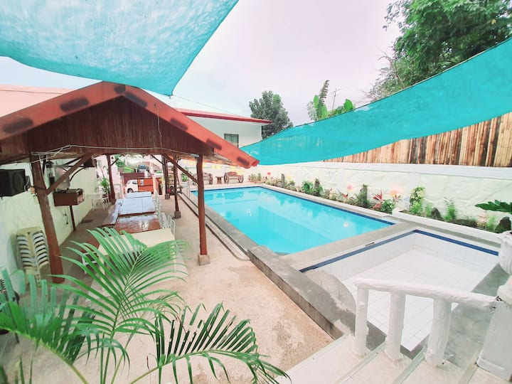 Aqua Scape Calamba Private Pool Resort