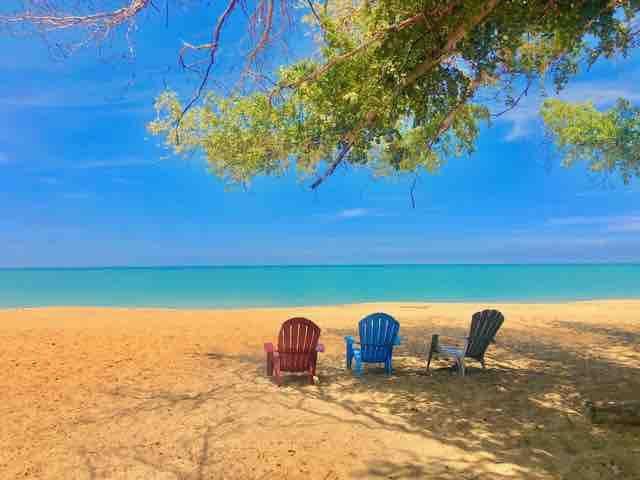 * BEST PRIVATE BEACH, OCEANFRONT -D'TOWN -4 BEDRMS
