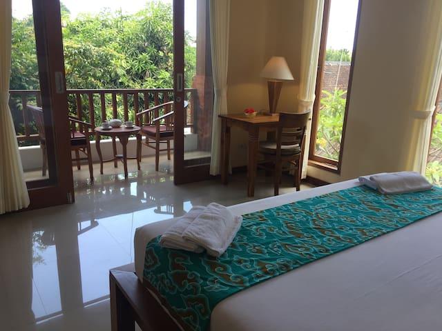 Mano House #1 Nyuh Kuning Ubud 4 deluxe bedrooms