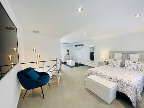 IV Apartamentos Morales & Arnal