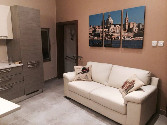 City One bedroom apartment