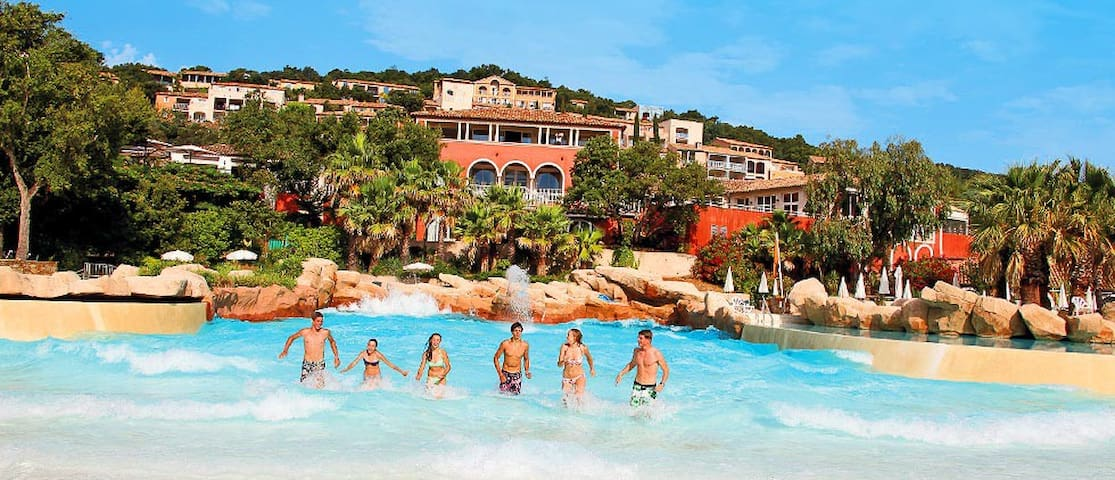 ***GRIMAUD-SAINT TROPEZ SEE VIEW APPARTMENT***