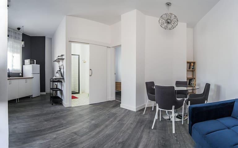 Apartamento a pie de calle nuevo a estrenar N°1
