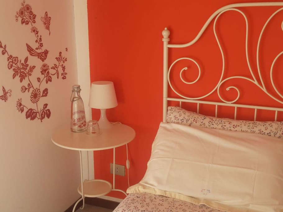 Double Room - Red Room
