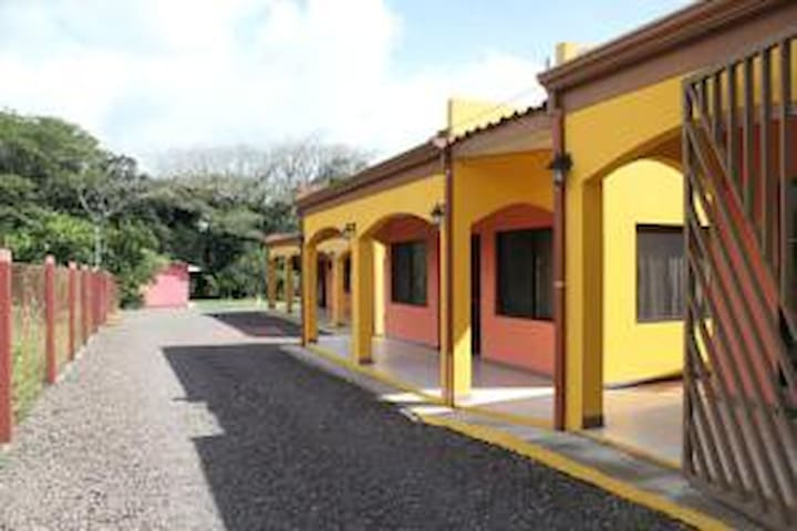 3 beautiful villas, Miravalles volcano/hot springs