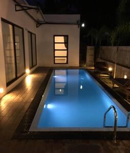 Aminva Boutique villa Deluxe Room - Hikkaduwa - Aamiaismajoitus