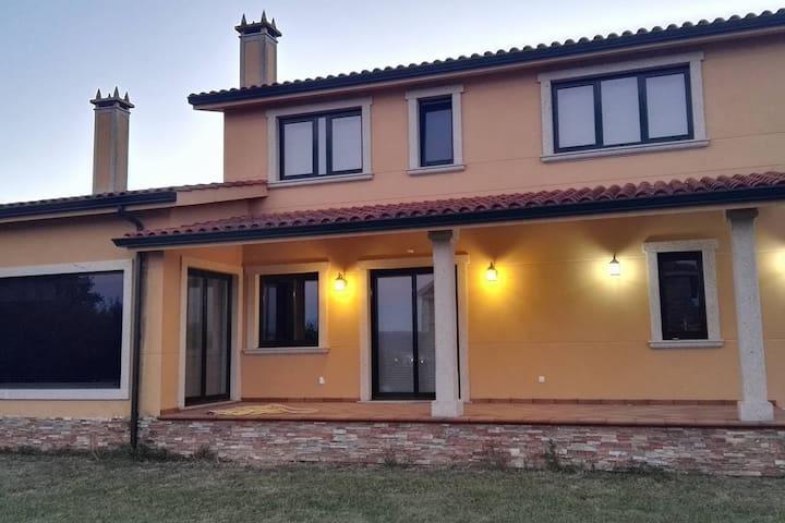 Disfruta de la Ria de Ares y Ferrol tranquilamente - Ares - Huis