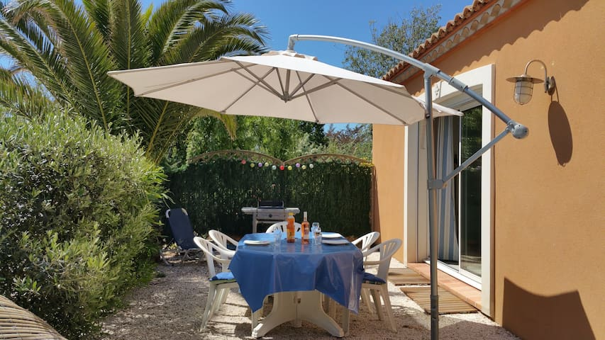 Maison agréable à 100m de la plage