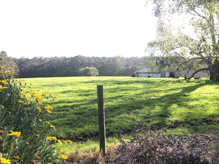 Retro, Rural, 3 bedroom, country kitchen Farmhouse