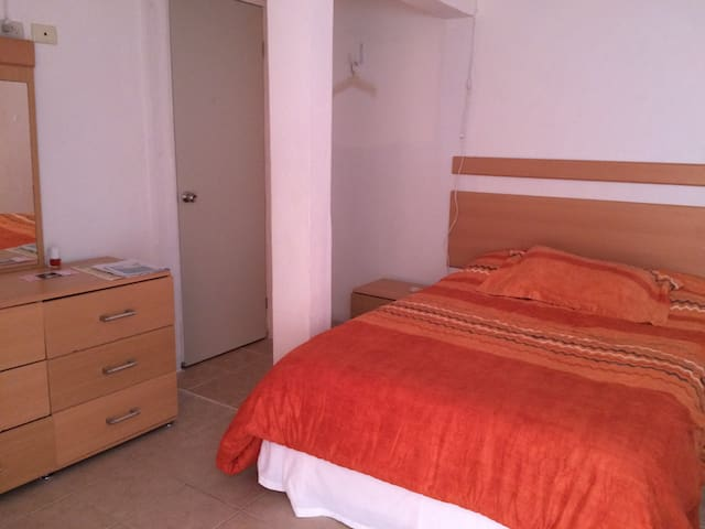 INDEPENDENT ROOM WITH KITCHENETTE 2 - Cancun - Byt