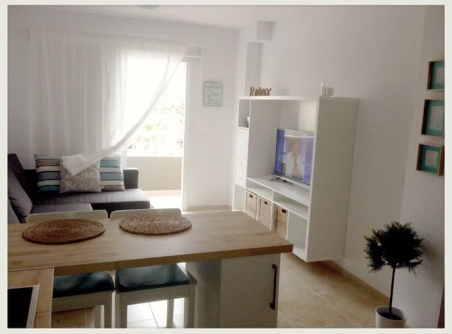 Bonito Apartamento junto al mar. - Puertito de Güímar - Apartment