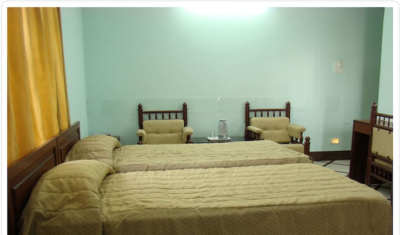 Dwarka Homes - comfortable cosy BnB - Bangalore - Dům