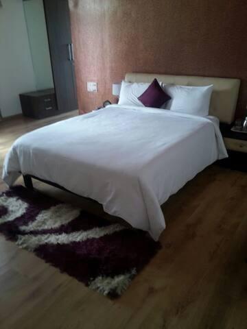 Comfortable Deluxe Ac Room Tambaram Near MEPZ - Tambaram - Appartement