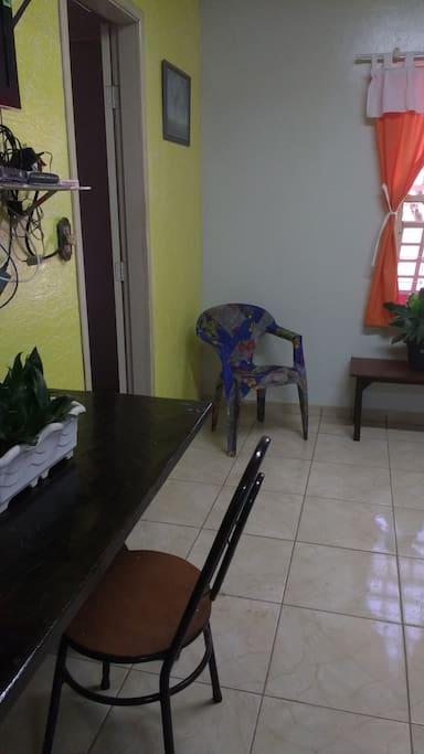 Sala com tv a cabo e internet (wi fi)